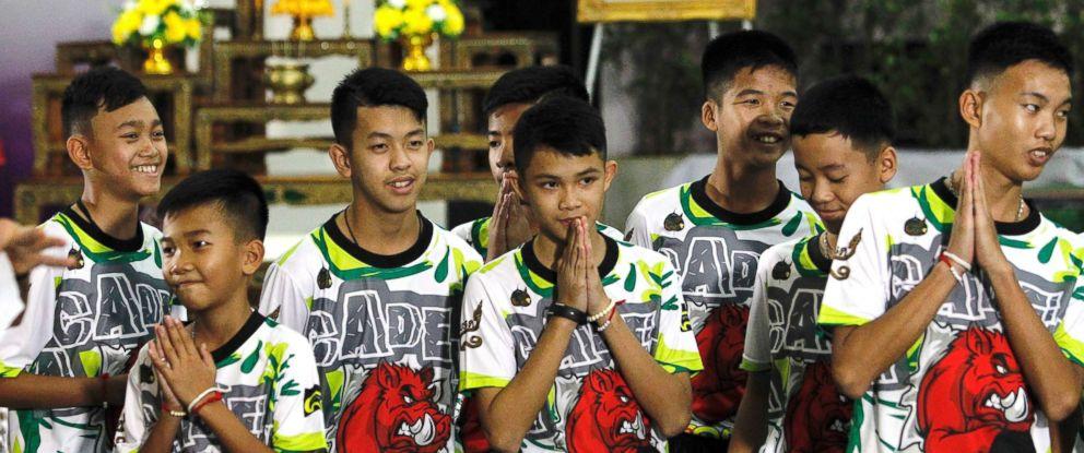 thailand-soccer-presser5-sh-ml-180718_hpMain_12x5_992