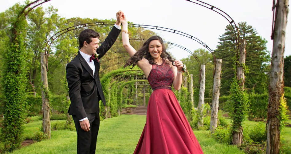How to Find the Perfect Prom Dress for Your Body