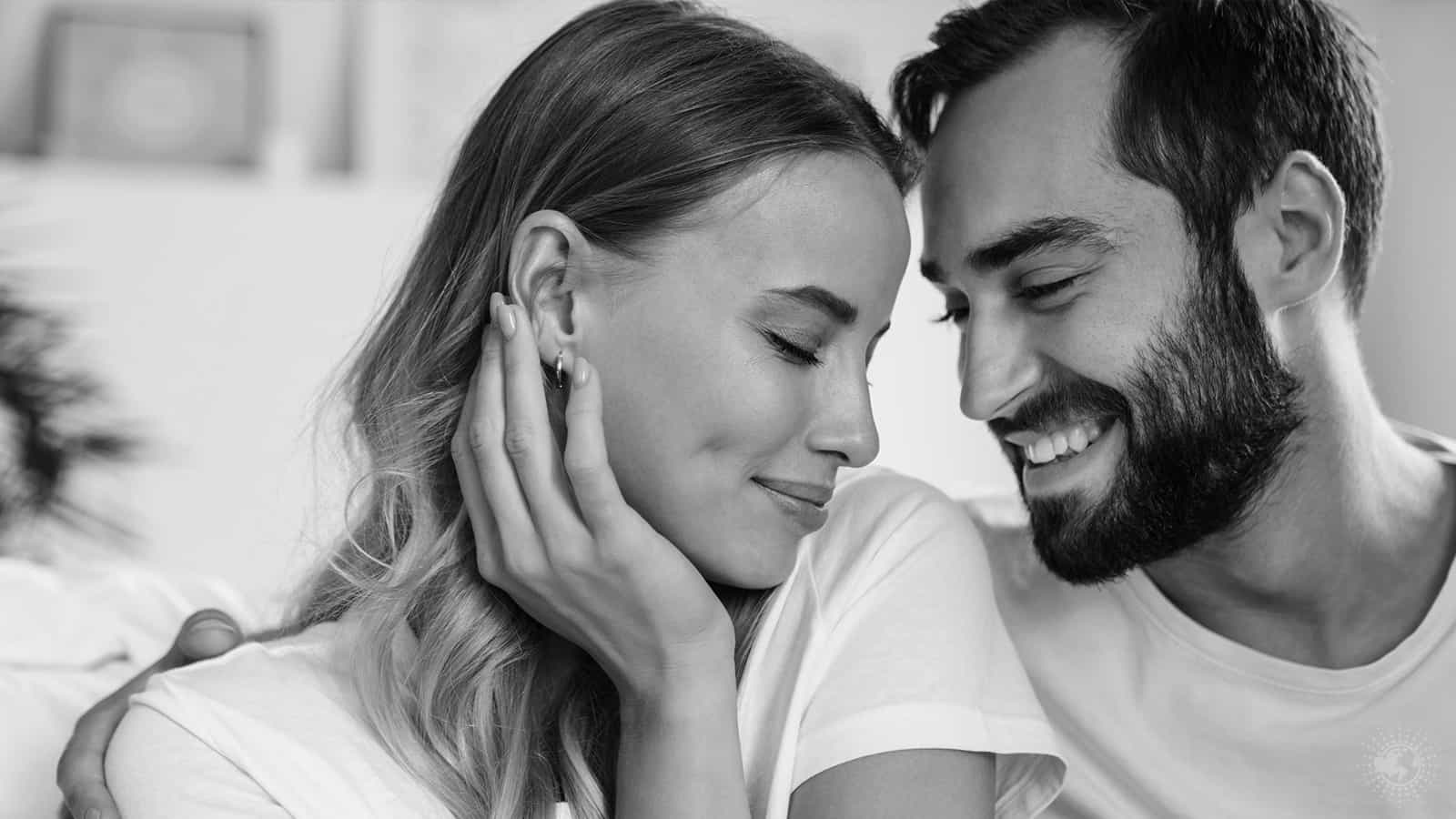 15 Ways a Man Shows Affection >>> 5 Minute Read