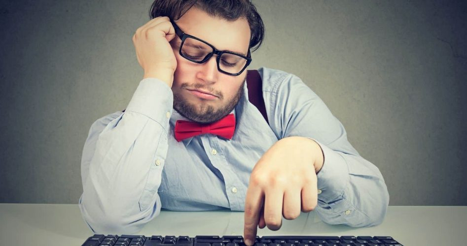 15 Habits That Reveals Someone Has a Lack of Motivation